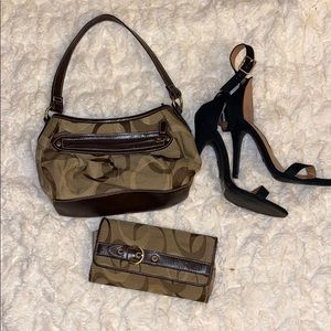 Small purse with matching clutch wallet